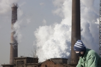 China;chinese;energy;power;electricity;power;power-station;coal;coal-fired;coal-fired-power-station;fossil-fuel;dirty;pollution;polluting;greenhouse-gas;emmissions;C02;carbon-dioxide;carbon-foorprint;global-warming;climate-change;power-plant;chimney;smoke-stack;electricity-genertation;power-consumption;industry;industrial;air-quality;air-pollution;smoke;sky;smog;steel;steel-works;steel-plant;industry;heavy-industry;Hangang;man;chinese;cyclist;smog;smoke-mask;face-mask;protection;air-pollution