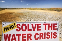 USA;US;America;California;brown;drought;dessicated;dried-up;climate-change;global-warming;parched;Kern-County;Bakersfield;Central-Valley;water-crisis;water-shortage;dust;dust-bowl;desperate;lake;wildlife-reserve;bird-reserve;Kern-Vslley-Wildlife-refuge;empty;lake-bed;gras;browned-off;burnt;mud-cracks;red;sign;composite;water-crisis;crisis
