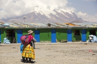South-America;Bolivia;La-Paz;indigenous;ethnic;ethnicity;Indian;people;Illimani;El-Alto;mountain;altitude;high;snow;glacier;backdrop;glacial-retreat;climate-change;global-warming;mountain-range;Cordillera-Real;Altiplano
