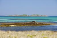 Cornwall;UK;coastal;sea;atlantic;ocean;sky;blue;outdoors;landscape;summer;sun;Tresco;island;Scilly;Scilly-Isles;Isles-of-Scilly;Gulf-Stream;mild;tropical;North-Atlantic-Drift;sea-temperature;ocean-current;vegetation;climate-change;global-warming;tropical;beach;sand;sandy;tide;low-tide;intertidal;aquamarine;shallow;sea-bed