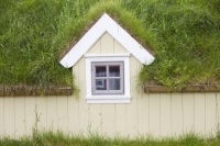 Iceland;Northern-Iceland;Siglufjordur;town;house;housing;community;building;traditional;green;green-roof;green-buidling;eco-build;grass;grass-roof;small;quiant;window;insulation