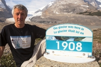 viewpoint;vista;mountain;mountains;Rockies;Rocky-Mountains;glaciation;glacier;Canada;Alberta;national-park;ice;Athabasca-Glacier;glacial-retreat;melt;melting;tourist;tourism;surface;ablation;climate-change;global-warming;Columbia-icefield;sign;date;1908;Tshirt;T-shirt;hotter;protest;photographer;Ashley-Cooper