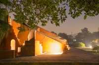 Delhi;india;monument;art;lighting;solar-lighting;floodlit;flood-lighting;renewable-energy;clean;green;night;dusk;dark;wall;orange