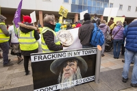fracking;shale-gas;Blackpool;Lancashire;UK;protest;fossil-fuel;climate-change;global-warming;banner;placard;concern;environment;environmentalist;yellow;colourful;gas;energy;energy-policy;planning;planning-application;planning-appeal;Cuadrilla;David-and-Goliath;battle;localism;democracy;person;man;woman;concerned;green;cock