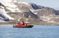 Spitsbergen;Svalbard-Arctic-Artic-Circle-Arctic-Ocean-North-beach-coast-tour;Sysselmannen-governor-regulations